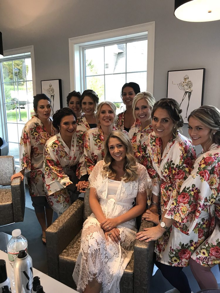 LUXE Salon & Spa: 4 Olde Bedford Way, Bedford, NH