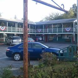 Photo Of Mid Town Motel Bennington Vt United States