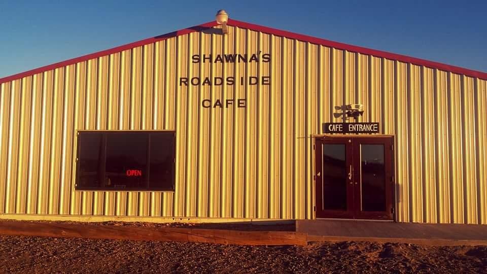 Shawna's Roadside Café: 403 Ave B, Rock River, WY
