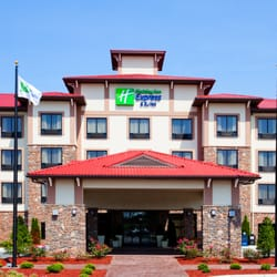 Photo Of Holiday Inn Express Suites Lexington Nw The Vineyard Nc