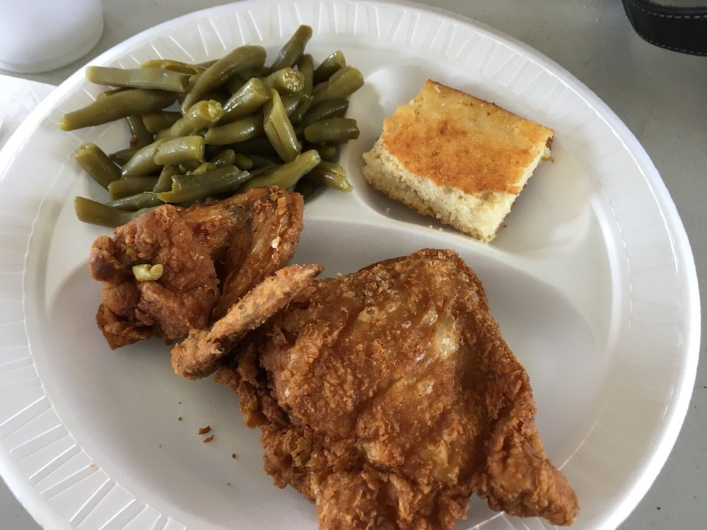 Country Kitchen: 115 Park Ave W, Abbeville, GA