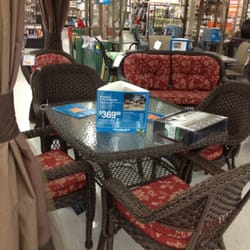 Big lots closed 10 reviews department stores 17880 for Furniture etc reviews