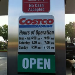 costco hours of operation gas