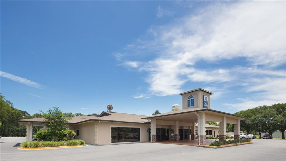 Best Western Point South: 3536 Point South Dr, Yemassee, SC