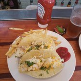 Waterman s surfside grille 989 photos 1207 reviews for Flounder fish tacos