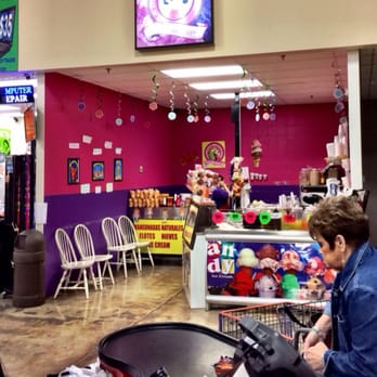 Joe V\'s Smart Shop - 84 Photos - Grocery - 3500 Garth Rd, Baytown ...