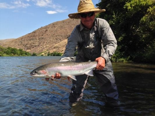 Deschutes river anglers 12 photos fishing 3286 ne for Central oregon fishing report