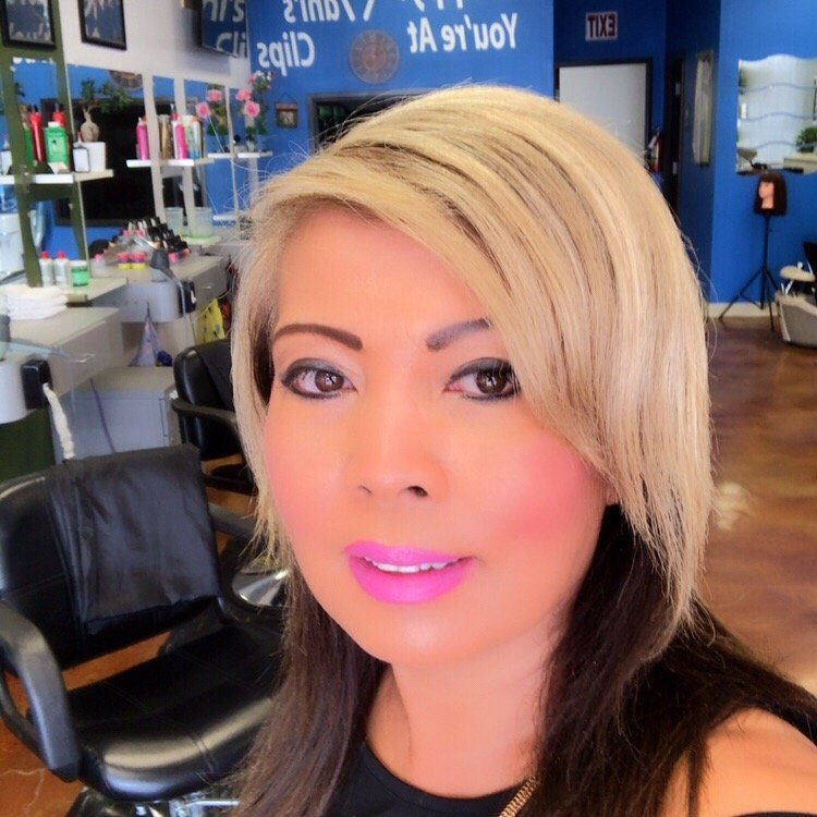 Manis Clips Hair Salon 13 Reviews Hair Salons 7447 Hillcrest
