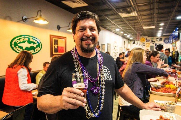 Little elm craft house 47 photos 48 reviews beer bar for Little elm craft house