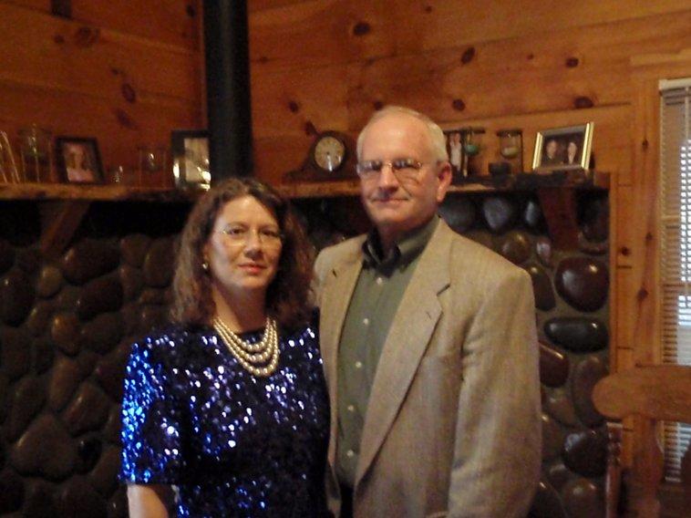 Sundance cabin rentals guest houses 661 appalachian for Sundance cabin rentals blue ridge ga