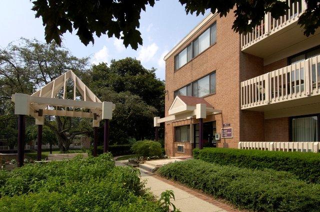 Rollingwood Apartments Md