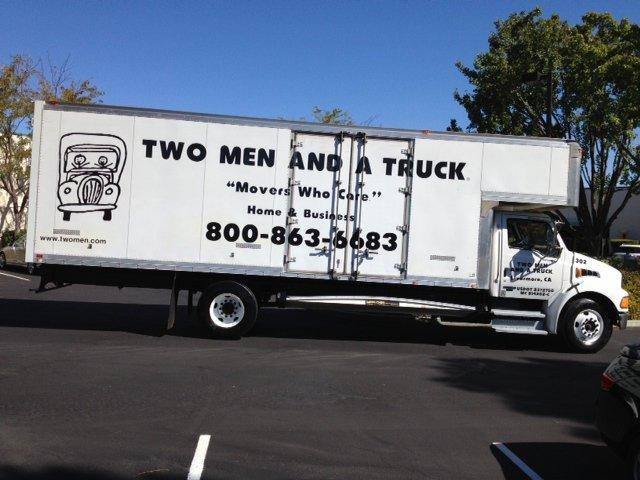 2 men and a truck com