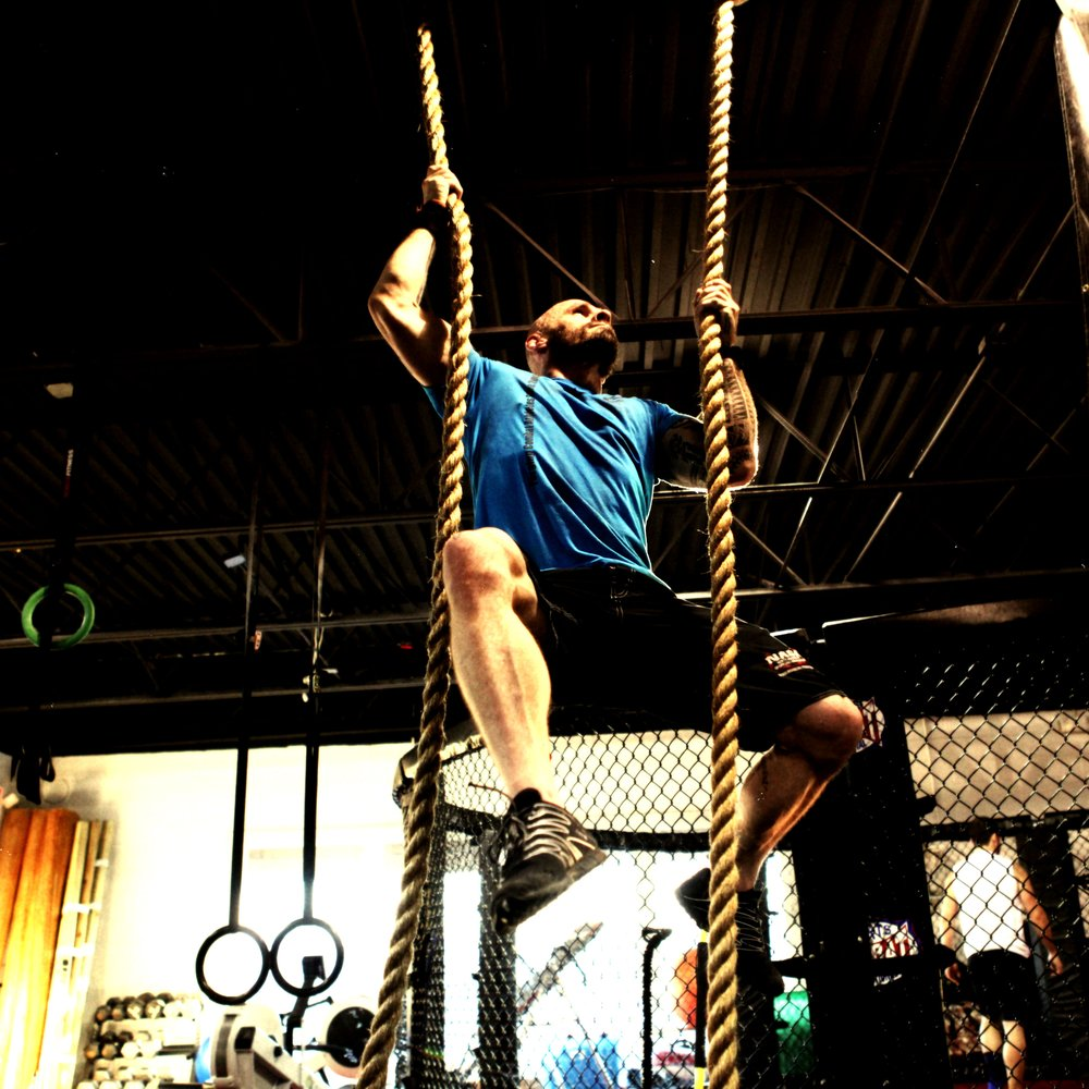 Crossfit Gloves For Rope Climbing: 21 Photos & 18 Reviews
