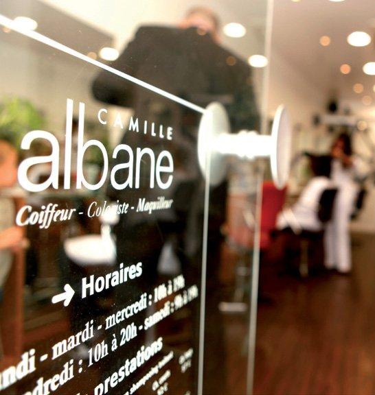 Camille albane 38 photos salons de coiffure 12 for Salon de coiffure vincennes