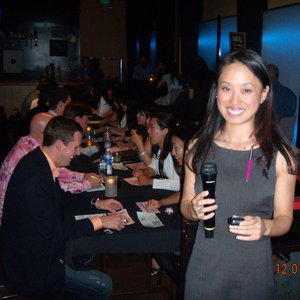 What to talk to a girl about speed dating event