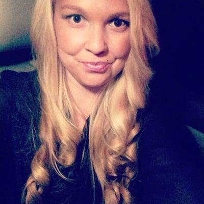 Blond B.