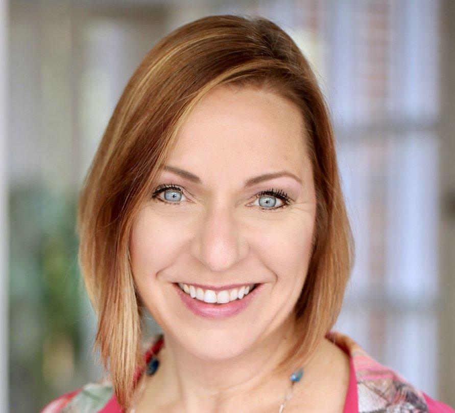 M R.'s profile photo