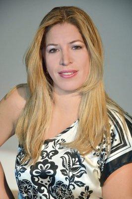 Viviana K.