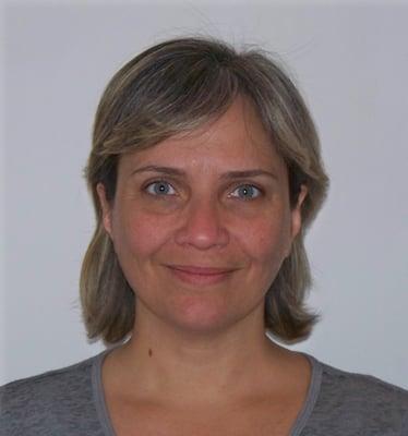 E. Carola S.