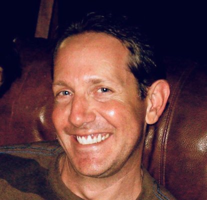 Darren H.